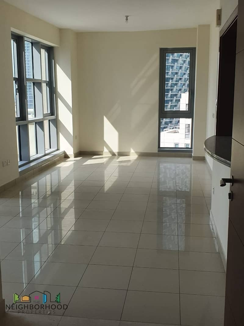 Stunning View |2 bedroom | With Balcony | Standpoint A