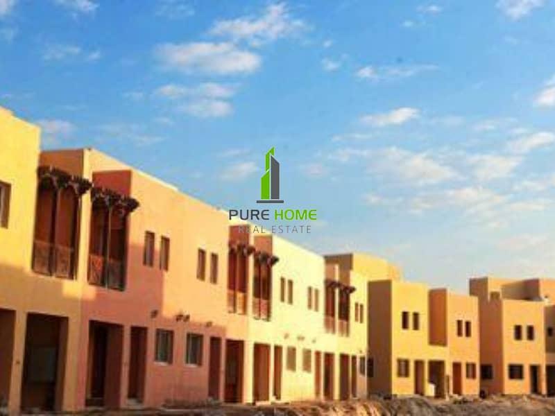 11 Prestigeous 3 Bedrooms Villa for Sale in Hydra Village