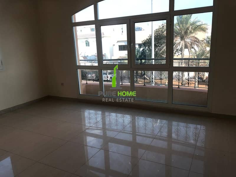 Excellent  3bedrooms Villa Newly Listed Lowest Price in the Market Call us Now for more Details