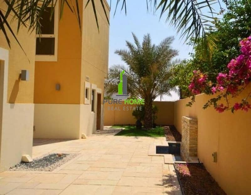 10 Great Location ! VIP Villa of 3 Bedrooms with Private garden for sale  for A hot Price ! Hurry Up