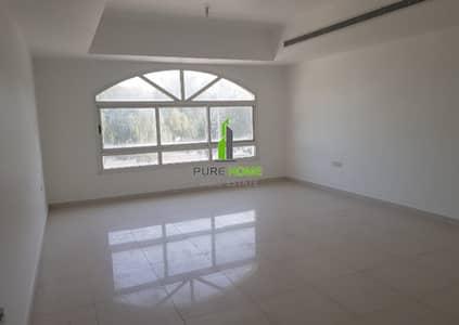 فیلا 4 غرف نوم للايجار في البطين، أبوظبي - Very Huge and Clean Villa for Rent in Al Khaleej Al Arabi Street Ready to live in