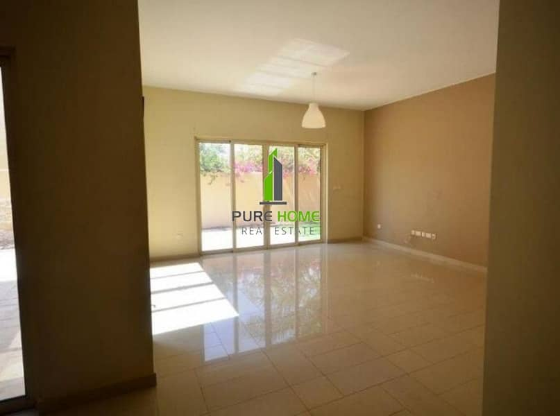 2 Outstanding Villla Spacious and Clean 3 Bedrooms For Sale In Sidra Community.