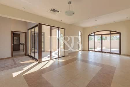 فیلا 4 غرف نوم للايجار في مدن، دبي - Single Row | Type B | Next To The Comm Center