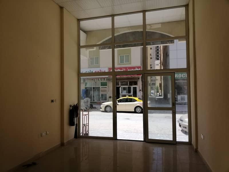 محل للايجار البوطينة الشارقة خلف تسهيل