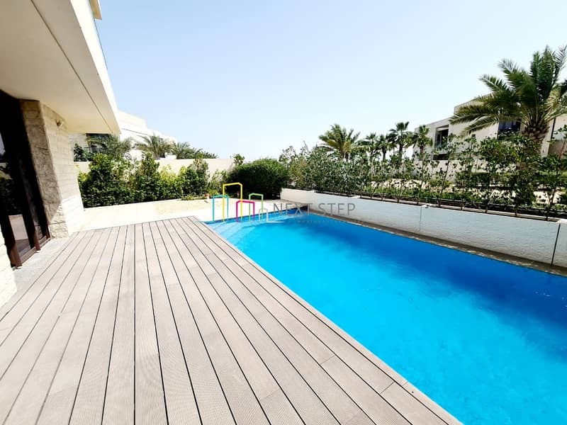 Outstanding 5 BR Villa with Landscaped Pool & Garden
