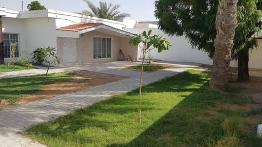 4 Bedroom Villa for Rent in Al Qadisiya, Sharjah - *** HOT DEAL – Beautiful 4BHK Single storey villa in Al Qadisia area, Sharjah in very low rents ***