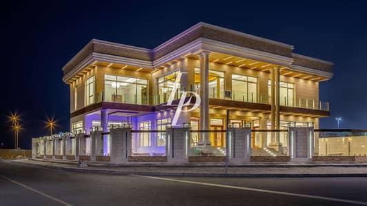 5 Bedroom Villa for Sale in Pearl Jumeirah, Dubai - Exquisite Custom-Built Luxury with Postcard Views