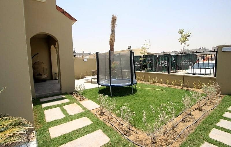 2 SPANISH STYLE VILLAS| PAY IN 6 YEARS|20MINS TO MOE| SZR