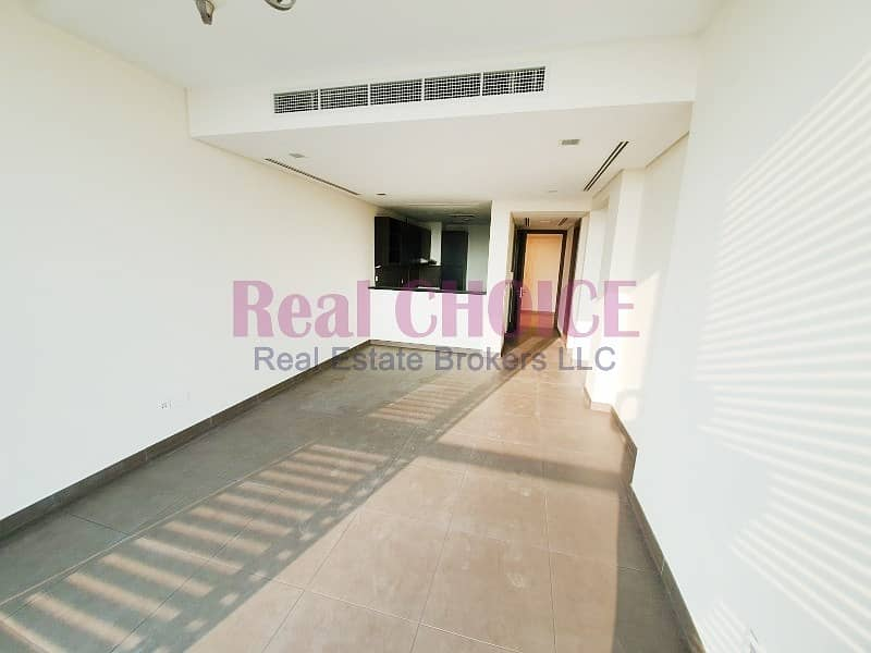 1 Classy Apt With Excellent Facilities | Good Location