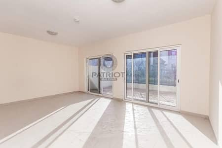3 Bedroom Townhouse for Sale in International City, Dubai - Vacant  Villa - For 1