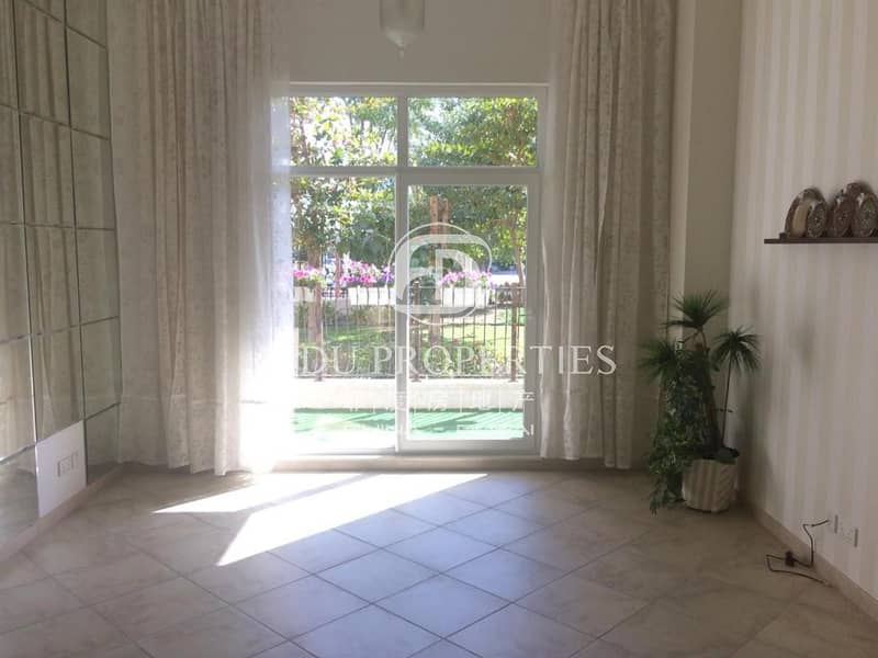 Nice Upgraded | Full Garden and Park view