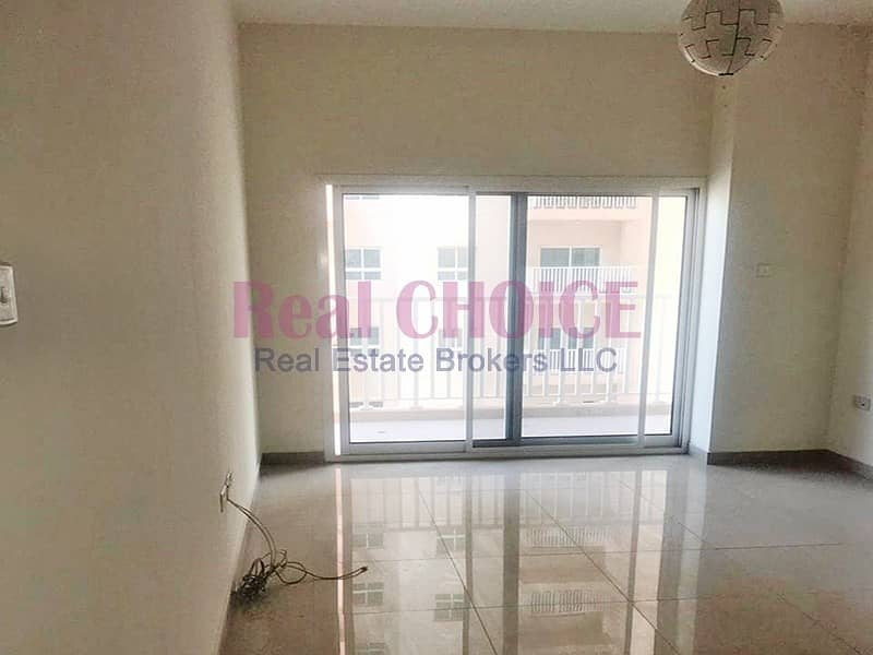 2 High Floor Affordable 1BR   Well Maintained