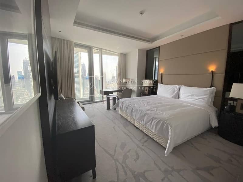12 Luxurious Living I Facing Burj Khalifa View I Fully Serviced Apartment