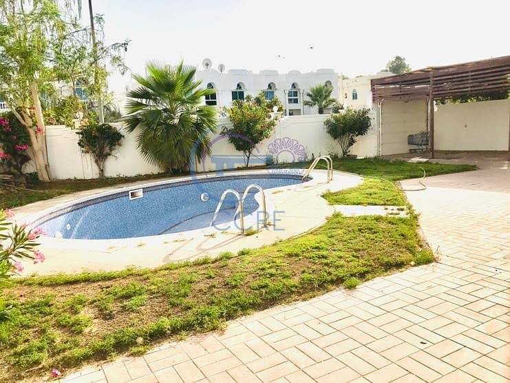 2 Renovated | 5BR | Independent | Garden & Pool