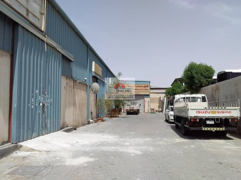 2 800 sq.fts warehouse for Rent in Ras Al Khor Industrial area 2.
