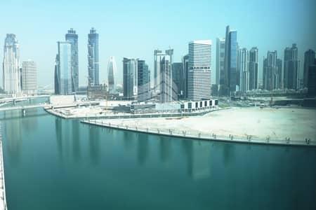 مکتب  للبيع في الخليج التجاري، دبي - Full Lake View| Shell & Core |  Perfectly Priced Spacious