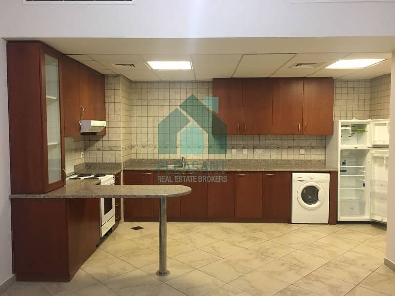 2 Long Balcony Mint Condition 1BR Apartment For Rent.