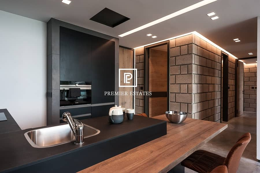 10 Superb 2 bedroom Apartment | Urban Style Pool View