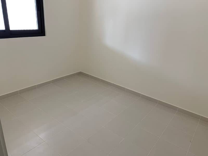 Brand New 4BR  | No Commission | 1 Month Free