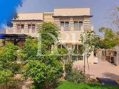 فیلا 4 غرف نوم للبيع في السهول، دبي - A Must See Villa | Overlooking the Lake | Call Me