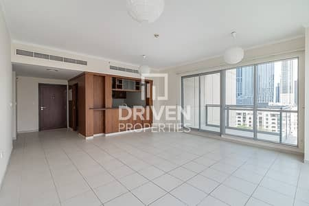 2 Bedroom Apartment for Rent in Downtown Dubai, Dubai - Well-managed and Spacious 2 Bed Apartment