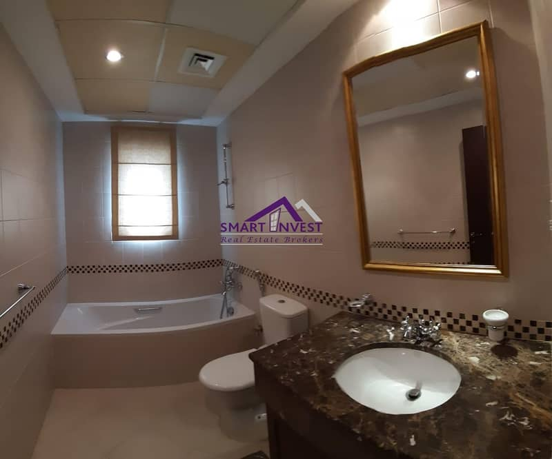 12 Beautiful and well maintained  6 BR villa  for rent in Arabian Ranches for 265K/year