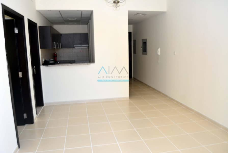 2 Price  Reduced - 1 Bed Room Vacant - Bright Layout
