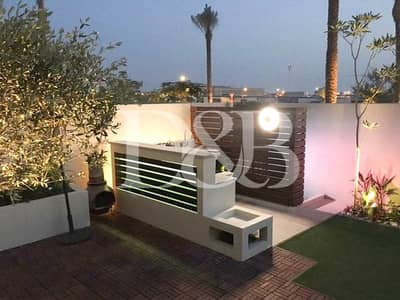 3 Bedroom Townhouse for Rent in Reem, Dubai - Upgraded 2E with Landscaped Garden | Call Now