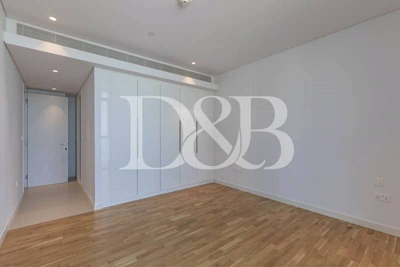 LAST VACANT 4 BR SEA VIEW - 5 YEAR PAYMENT