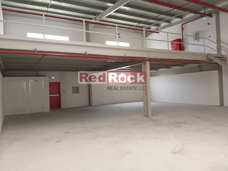 1 Road Facing 3000 Sqft Warehouse With Mezzanine in Al Qusais