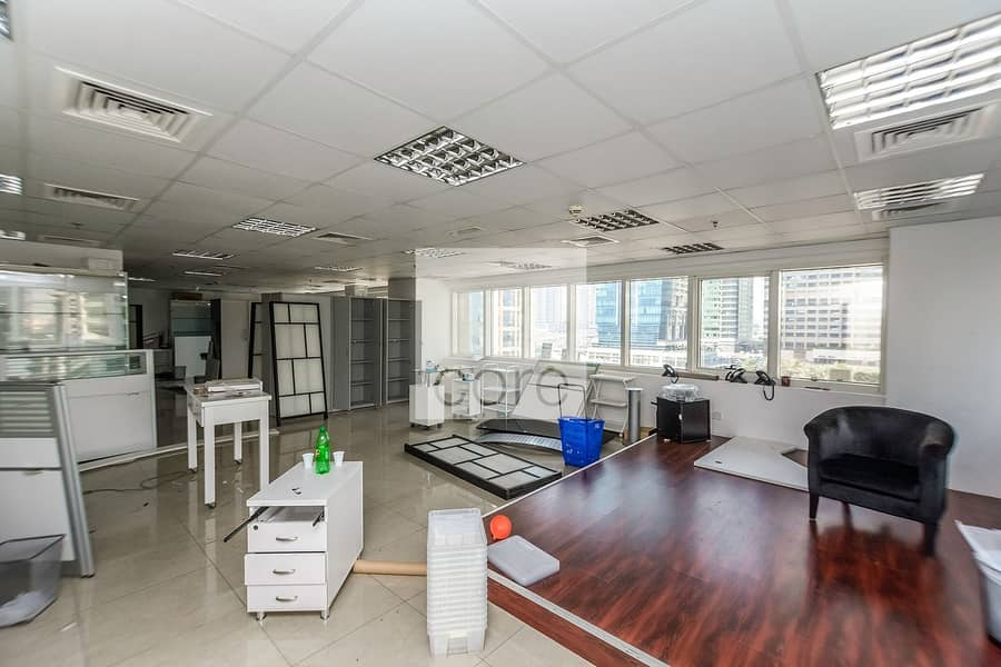 2 Fitted Office   Prime Location   Freezone
