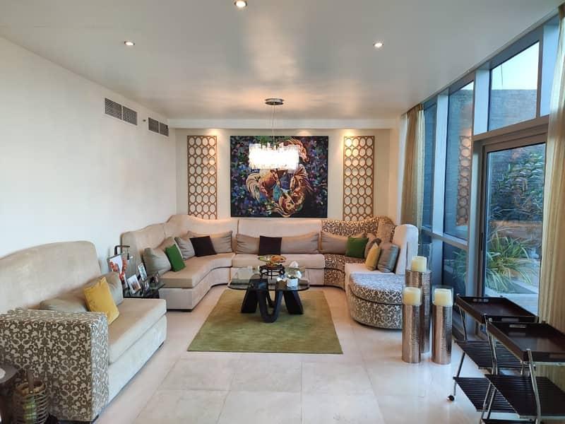Penthouse | Terrace | 3BR+Maids