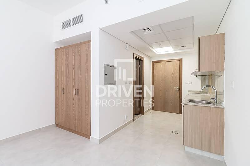 New Studio Apartment in a Prime Location