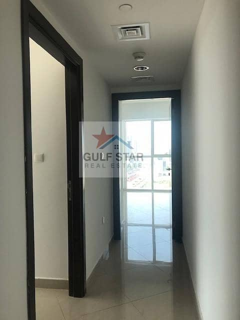 20 Amazing 2 Bed with Maid Room danet