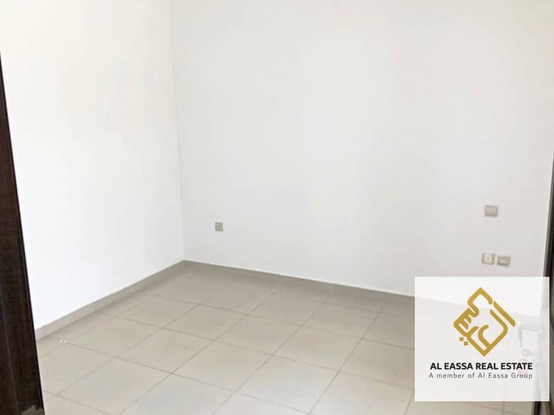 21 Wardrobes | Landscaped | Vacant Type B 6BR | Well maintained