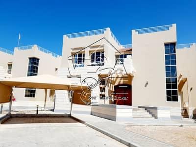 4 Bedroom Villa for Rent in Khalifa City A, Abu Dhabi - SUPER 4-BEDROOM VILLA IN COMPOUND