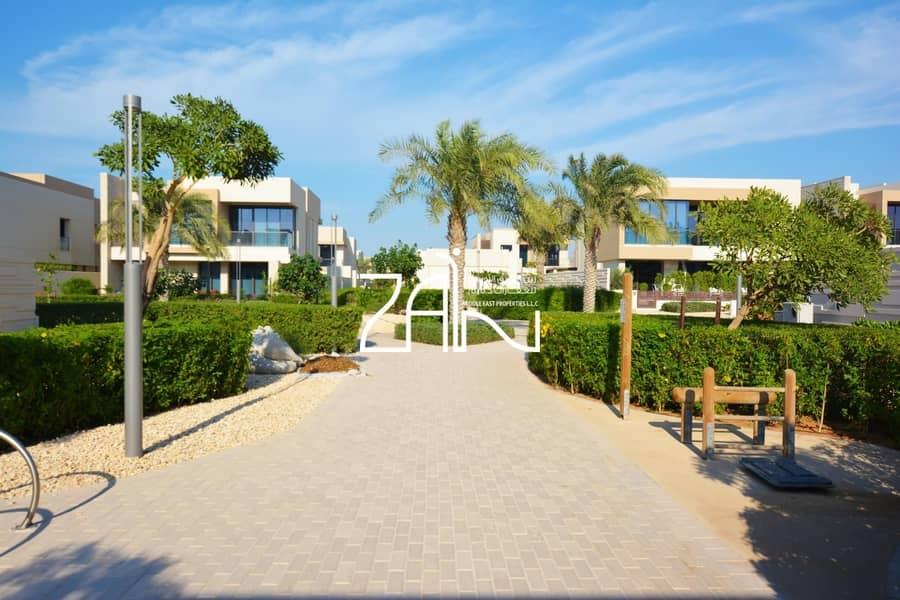14 Beachfront 7 BR Huge Villa with Pool + Large Plot