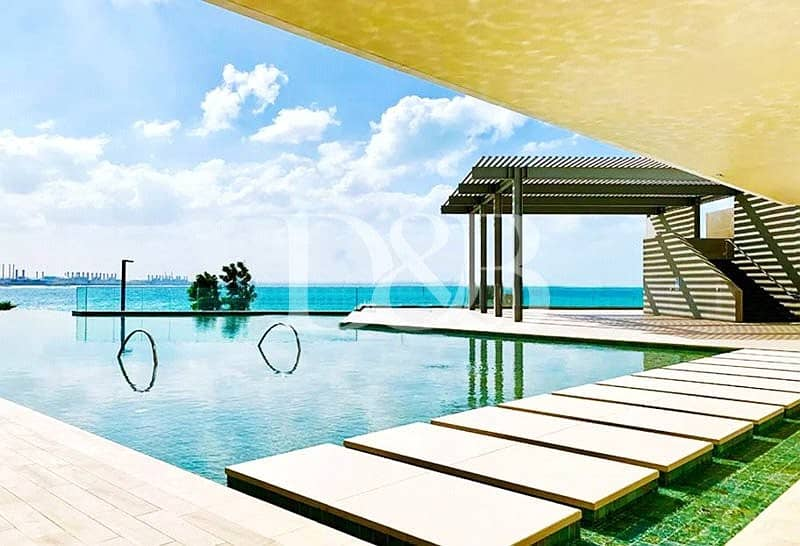 10 Splendid Sea View | Luxury Living | Vacant