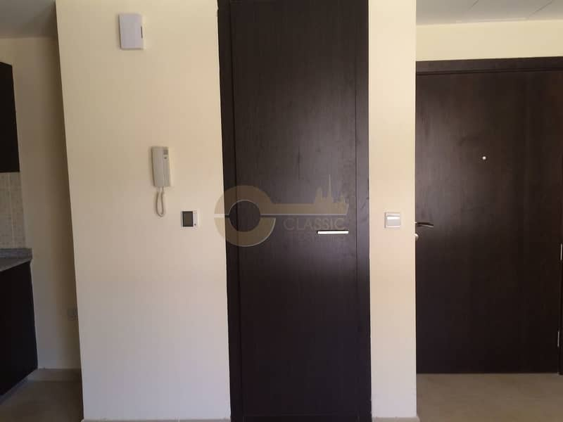2 Hot Deal| Studio |Outer Circle| Remraam|