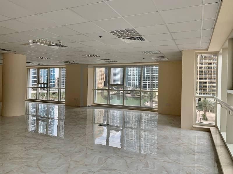 2 Next to metro | Corner office | Full lake view