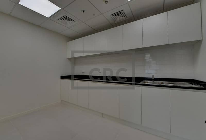 9 Great value | Fresh fitout | Close to metro | DIFC