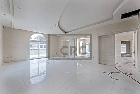 Villa for Rent in Umm Suqeim, Dubai - Marble| Smart Lighting | Fitted with Lift