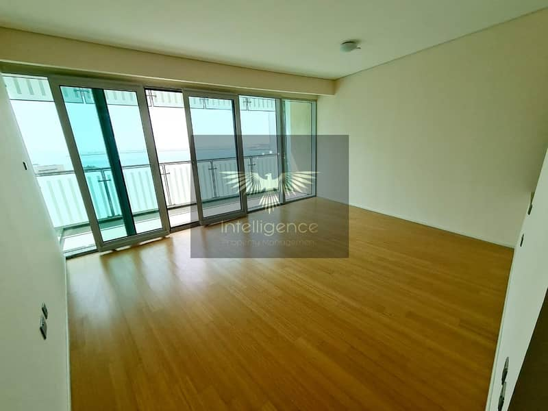 Breathtaking Sea View! Spacious Unit Ready for occupancy!