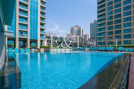 1 Bedroom Flat for Sale in The Views, Dubai - 6.5% ROI Stunning Two Bed | Study and Canal View