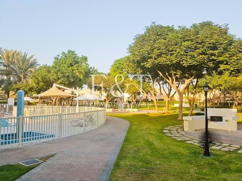 10 Park And Lake Backing | 4E | Good Shape