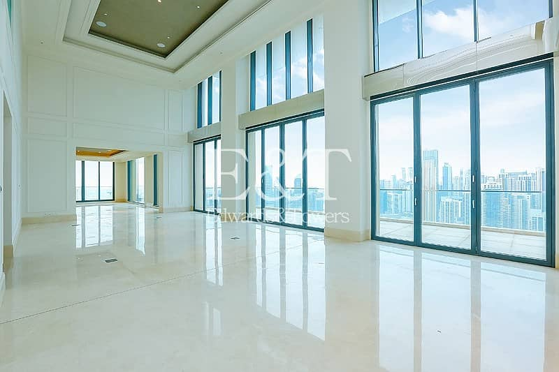 Sumptous Property | Two Floors | Downtown Views