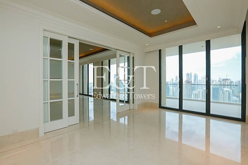 Downtown Views | Full floor | Vacant