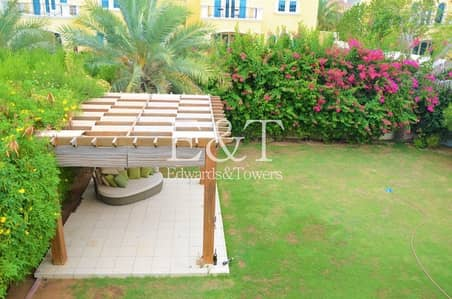 3 Bedroom Villa for Rent in Jumeirah Park, Dubai - July Stunning Garden Immaculate 1 Month Free   JP