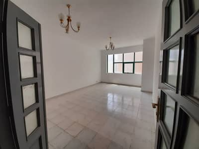 2 Bedroom Flat for Rent in Al Soor, Sharjah - 2BHK Big Size No Commission Direct From Owner Near Shj Post Office 30k