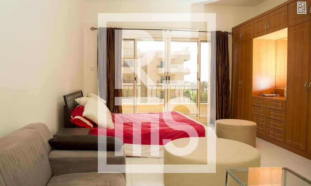 2 Fully furnished Studio in The Golf Apartments